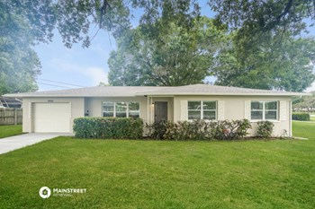 2992 38Th St N 3 Beds House for Rent Photo Gallery 1