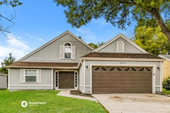 8054 Loch Lomond Ln 3 Beds House for Rent Photo Gallery 1