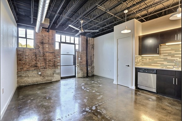 Deep Ellum Studio Apartments