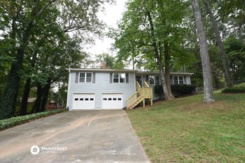 126 RIVERLAKE DR 3 Beds House for Rent Photo Gallery 1