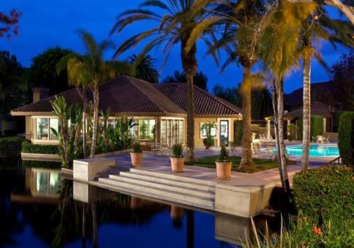 Capistrano Pointe Community Thumbnail 1