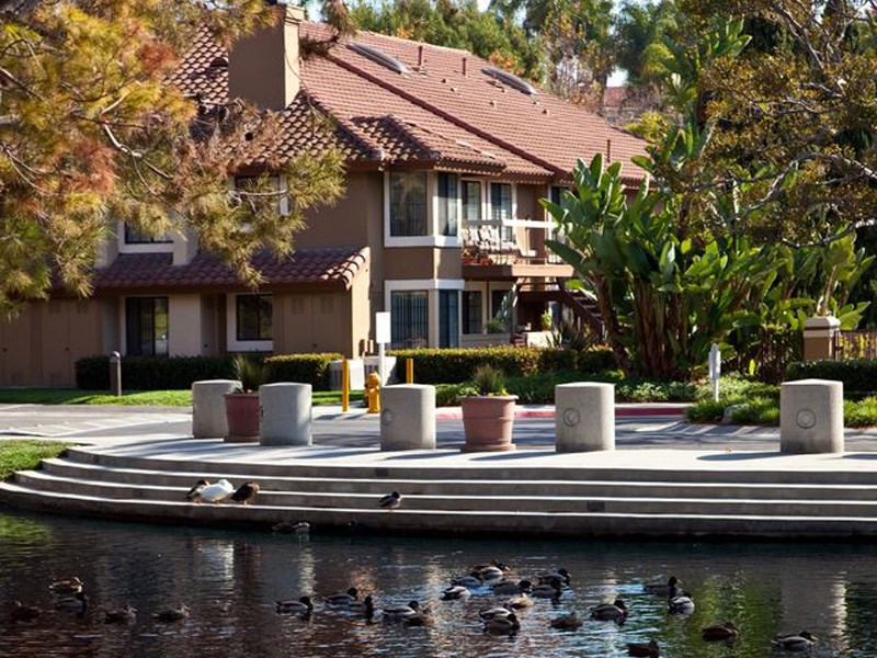 Capistrano Pointe Apartment Community