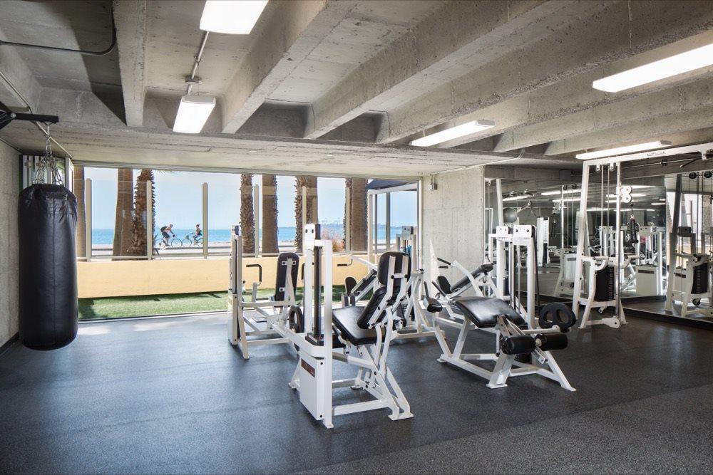 fitness-center-turf