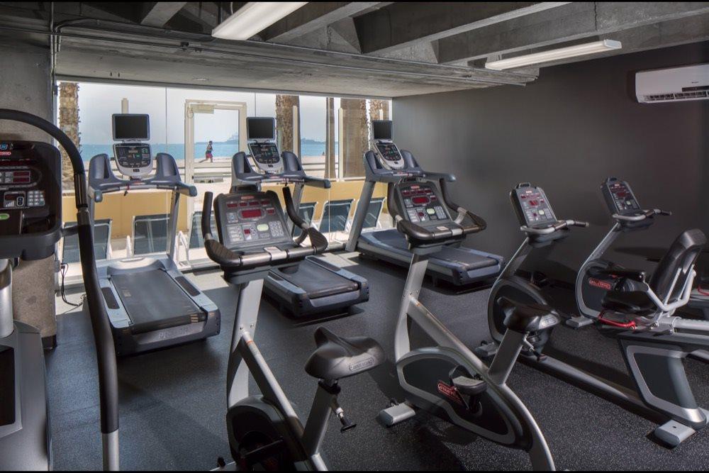 fitness-center-cardio-circuit