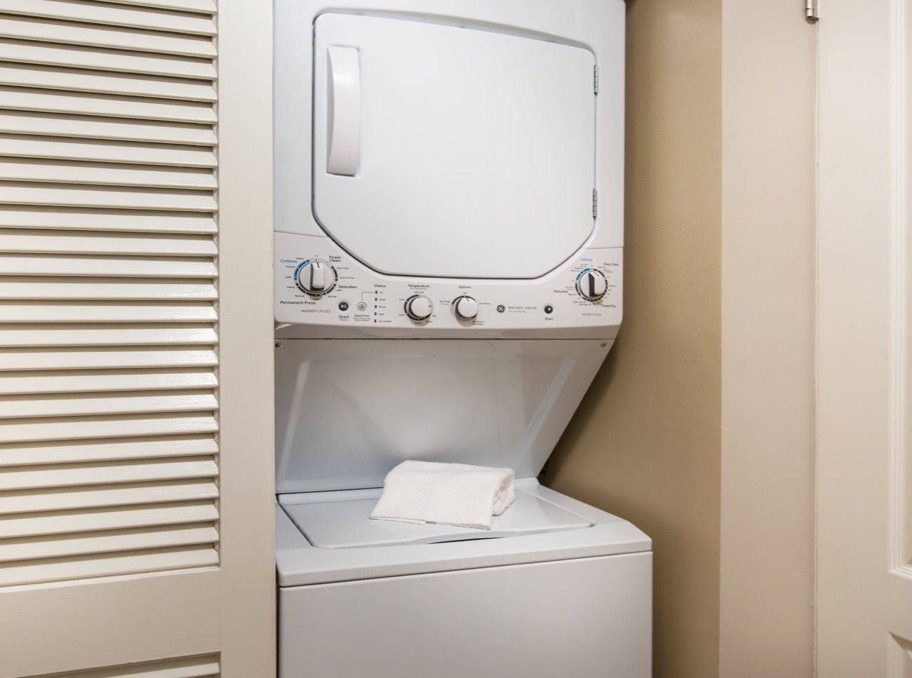 bay-tree-los-gatos-apartments-in-home-washer-dryer