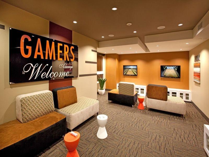 gallery421-Amenities-Gamers-Lounge