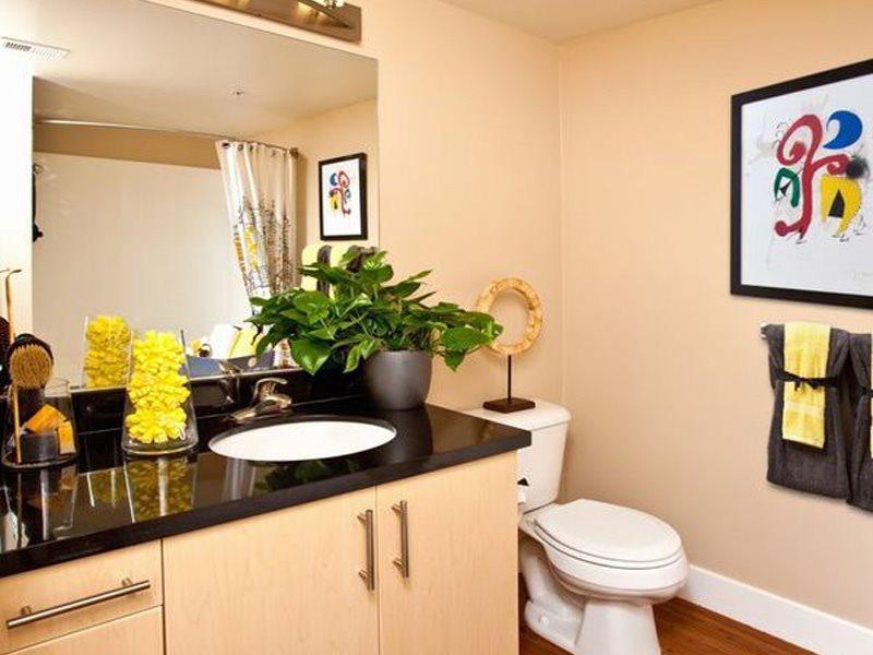 gallery421-Interiors-Long-Beach-Apartments-Bathroom