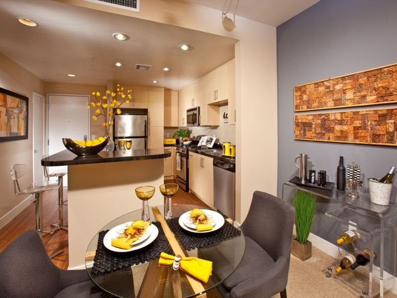 gallery421-Interiors-Long-Beach-Apartments-Dining-Room