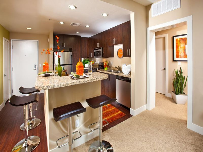 Gallery421 Interiors Long Beach Apartments Kitchen