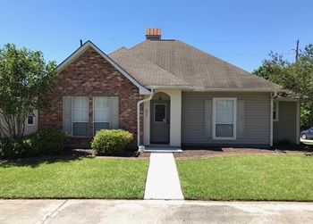 202 Springhaven Dr 4 Beds House for Rent Photo Gallery 1