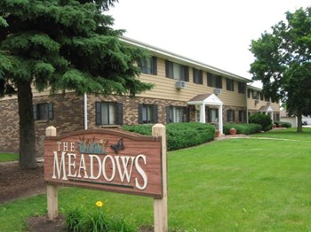 725-727 River Road 2 Beds Apartment for Rent Photo Gallery 1