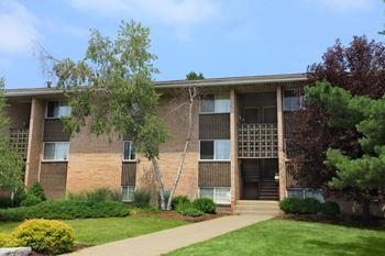 600 Warren Road #4-2C Studio-3 Beds Apartment for Rent Photo Gallery 1