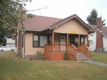 1115 S. 6TH AVENUE 4 Beds House for Rent Photo Gallery 1