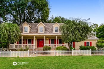 234 MEADOWS DRIVE 3 Beds House for Rent Photo Gallery 1