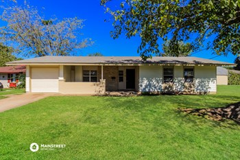 602 HODGES DR 3 Beds House for Rent Photo Gallery 1
