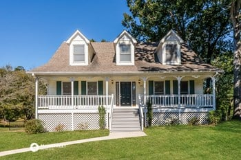6820 Candlewood Ln 4 Beds House for Rent Photo Gallery 1