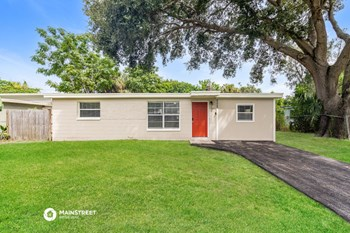 8525 93RD AVE 3 Beds House for Rent Photo Gallery 1