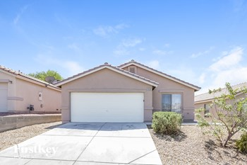 6533 Shining Sand Avenue 4 Beds House for Rent Photo Gallery 1