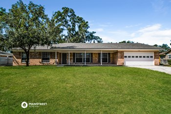 2738 Paces Ferry Rd W 4 Beds House for Rent Photo Gallery 1