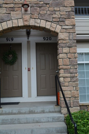 12711 Colorado Blvd. #I920 2 Beds House for Rent Photo Gallery 1