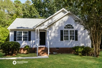 100 WILMACK DR 3 Beds House for Rent Photo Gallery 1