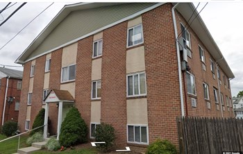 52 South Morton Avenue Studio Apartment for Rent Photo Gallery 1
