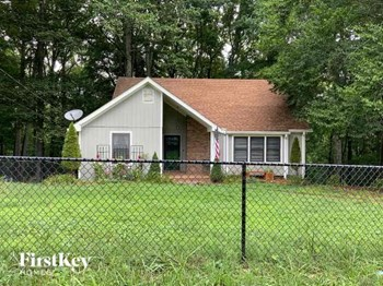 1011 Wildwood Street 3 Beds House for Rent Photo Gallery 1