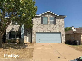 3900 Golden Horn Lane 3 Beds House for Rent Photo Gallery 1