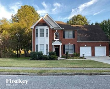 2915 Villa Lake Drive 4 Beds House for Rent Photo Gallery 1