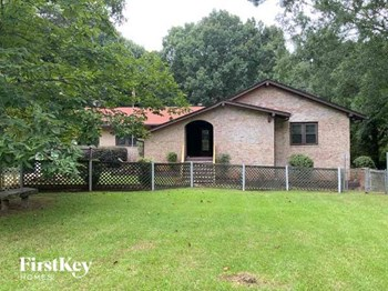 45 Yates Drive 3 Beds House for Rent Photo Gallery 1