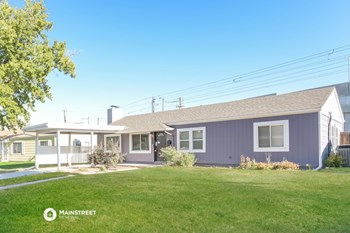 2848 S GRAPE WAY 3 Beds House for Rent Photo Gallery 1