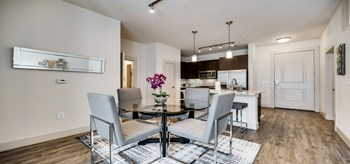 RD075 - Apt 4075 - 110 W. City Line Dr 2 Beds House for Rent Photo Gallery 1