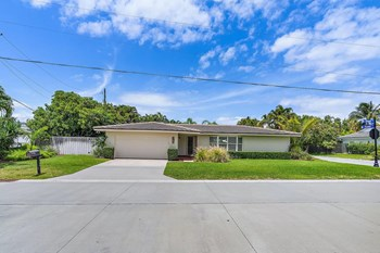 1160 Singer Drive 3 Beds House for Rent Photo Gallery 1
