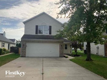 461 E Clear Lake Lane 4 Beds House for Rent Photo Gallery 1