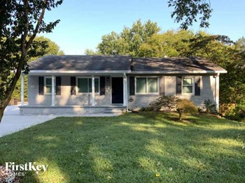 1089 Azalea Circle 4 Beds House for Rent Photo Gallery 1