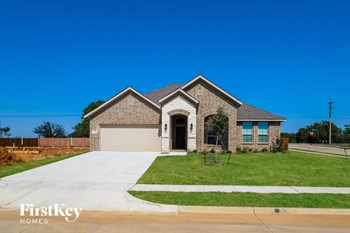 704 Liberty Drive 4 Beds House for Rent Photo Gallery 1