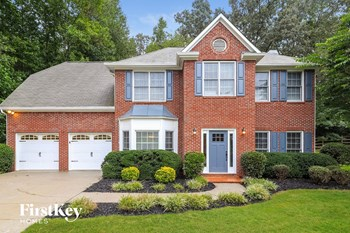 776 Karingway Lane NW 4 Beds House for Rent Photo Gallery 1