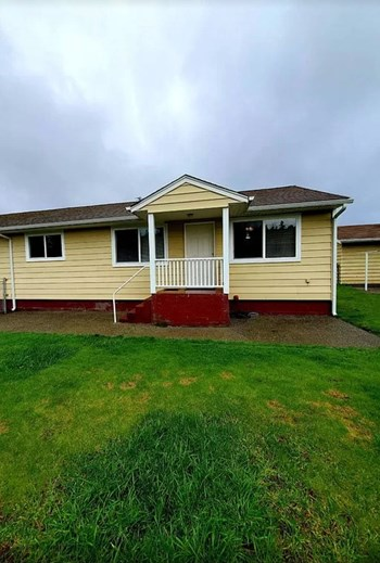 2531 Stephenson Ave Unit B 3 Beds House for Rent Photo Gallery 1