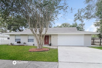 644 E HILLCREST ST 3 Beds House for Rent Photo Gallery 1