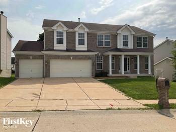 1016 Scenic Oaks Court 4 Beds House for Rent Photo Gallery 1