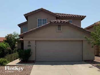 22031 W SOLANO Drive 4 Beds House for Rent Photo Gallery 1