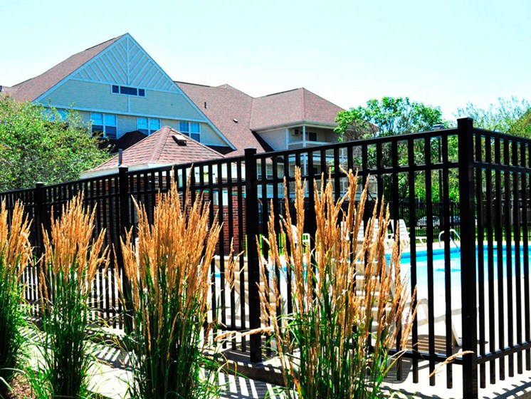 Pool_and_sundeck Town and Country Apartments Urbana, IL