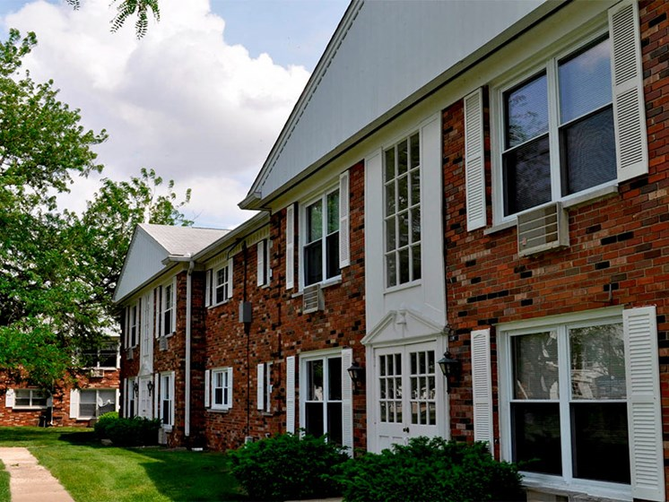 Apartments_Near_University_of_Illinois