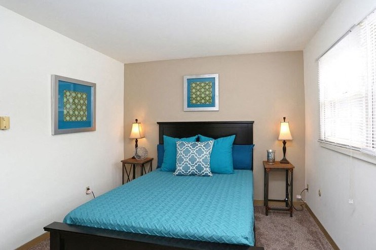 Prestwicke Bedroom at Town and Country Apartments in Urbana, IL