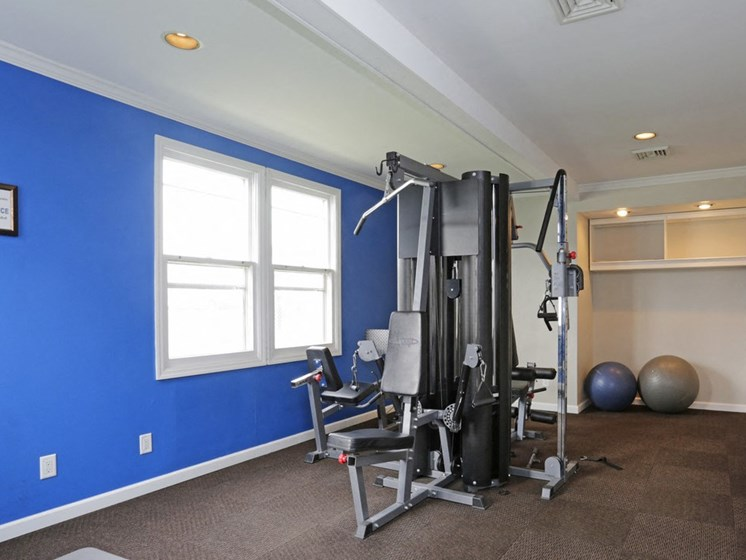 training fitness Town and Country Apartments Urbana, IL