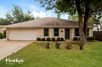 3717 Biscay Drive 3 Beds House for Rent Photo Gallery 1