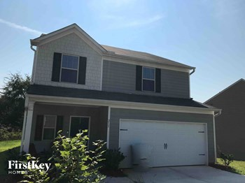 215 Holly Way 4 Beds House for Rent Photo Gallery 1