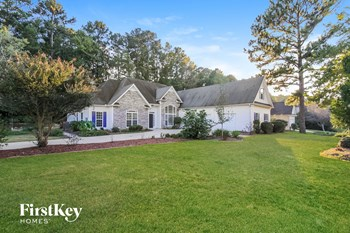 162 Creekside Bluff 5 Beds House for Rent Photo Gallery 1