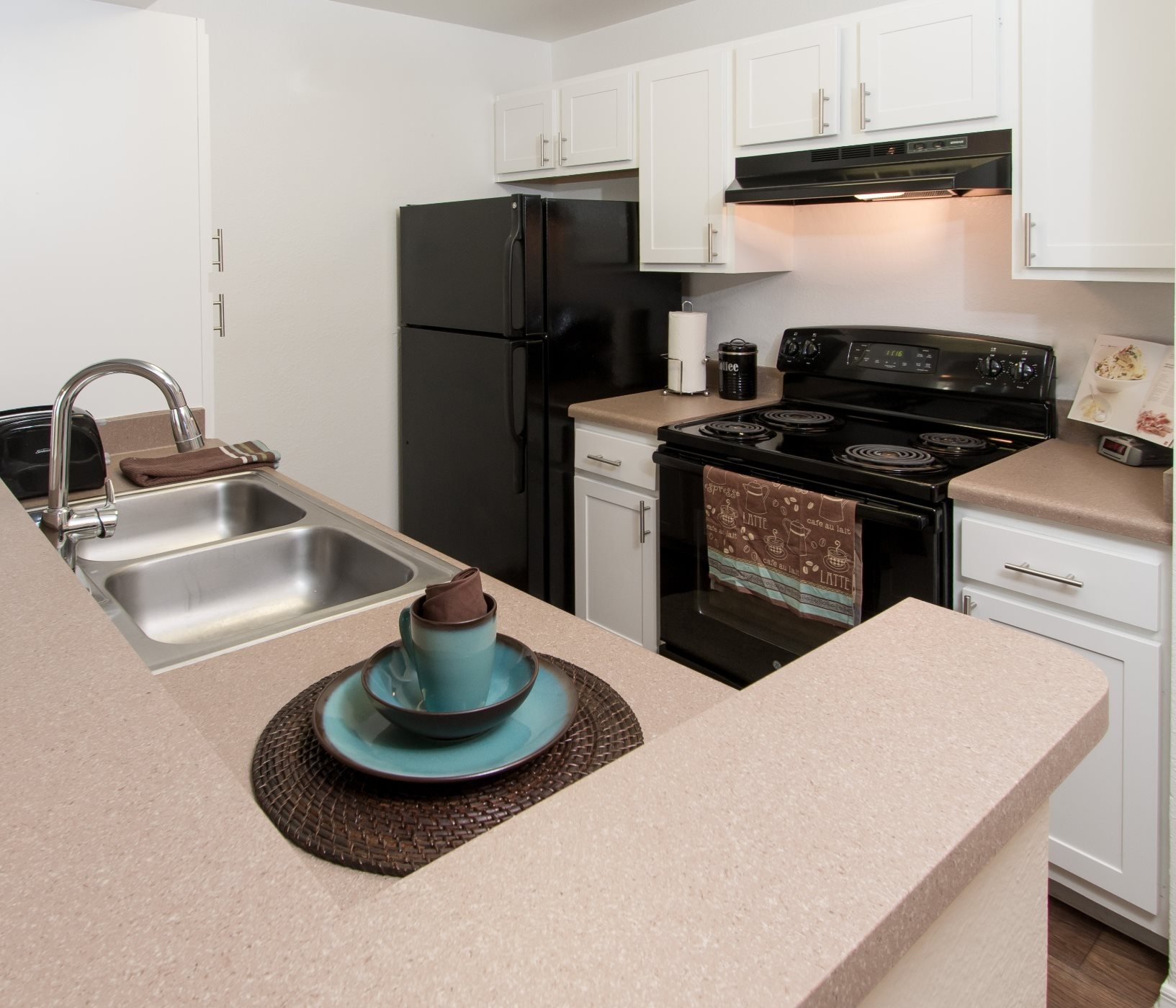 Apartments in Winter Garden, FL | Country Gardens Apartments ...