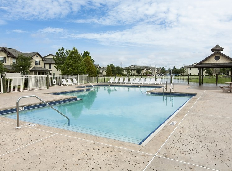 Swimming Pool at Belle Isle, for more communities, visit Concord Rents at ConcordRents.com